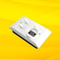 Блок 3В-РЦС для санузлов 3 клювика с розеткой ретро 1248УП