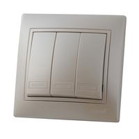 Lezard MIRA выключатель 3 кл. Жемчужно-белый металик 3030-109
